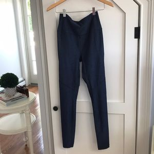 Never worn outdoor voices blue grey leggings